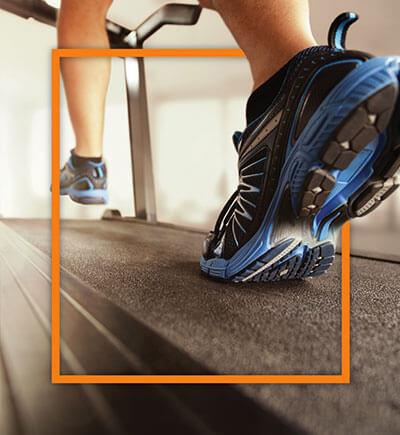 Läufer auf Laufband